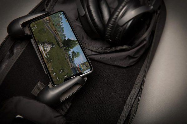 APT-ESUB_Go-Bag_Mobile_PUBG-Screen_2N3A1275_1500x1000