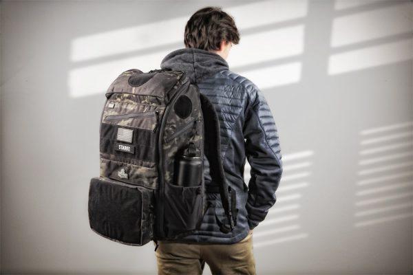 APT-5043-MCB_ESUB-Pack_Over-1-Shoulder_1500x1000